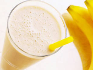 banana-smoothie-15eki5a
